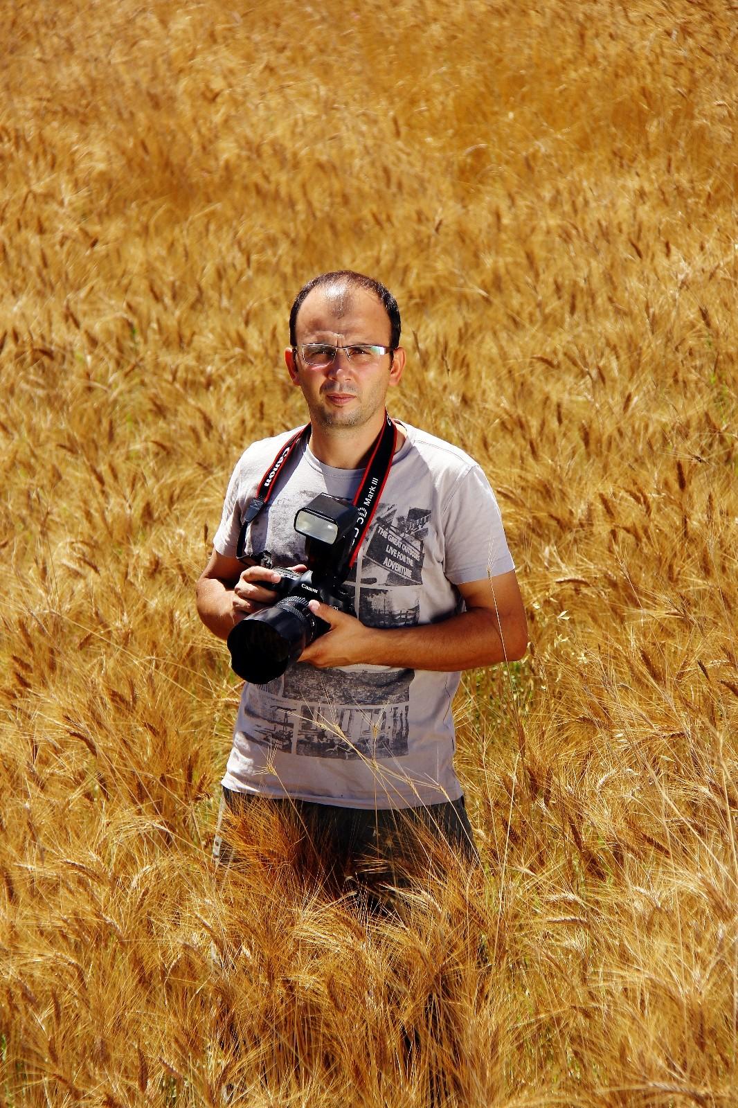 sarikecili yoruklerinin gocu fotograf sanatcisina 2 odul getirdi